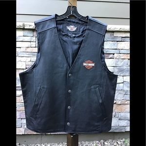 Harley Davidson leather vest NWOT size 2XL